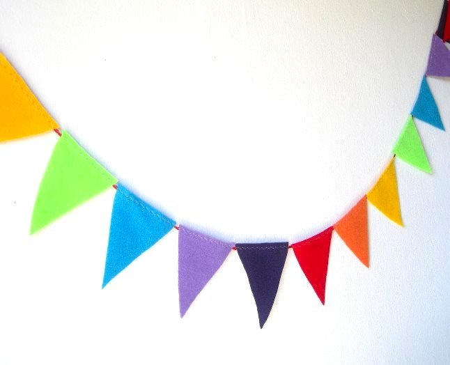 Флажки на веревке для детского сада своими руками