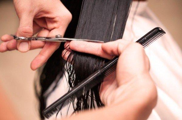 Как коротко подстричь женщину в домашних условиях 866