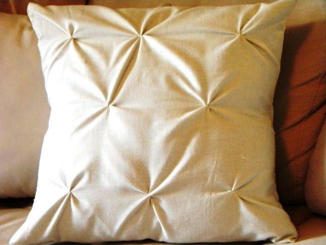 Как набить подушку своими руками 17