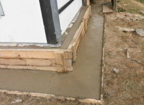 Как усилить фундамент под кирпичным домом своими руками 640
