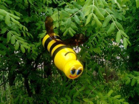 Как сделать насекомых из пластика