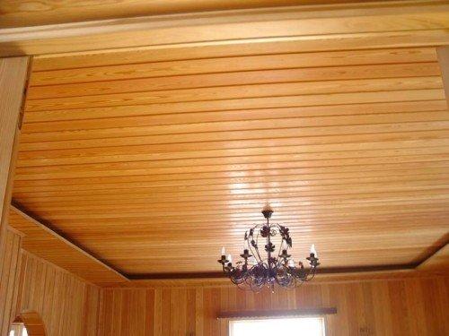 Отделка деревянного потолка своими руками 315