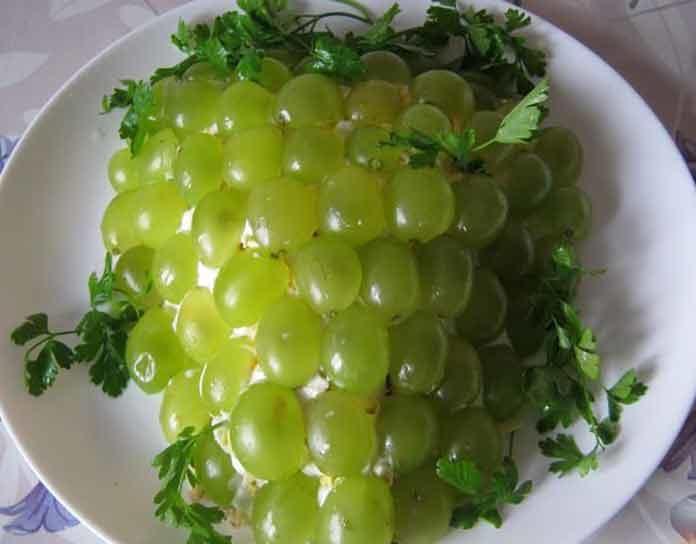 Рецепты салатов с курицей и виноградом