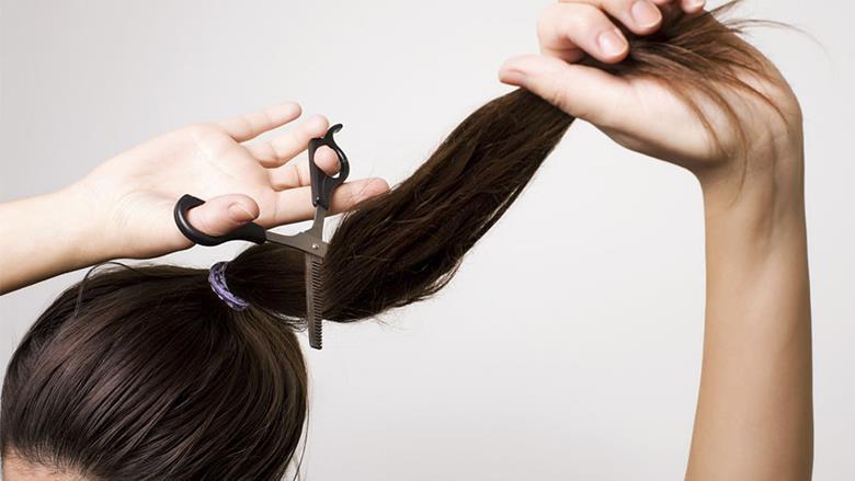 Как коротко подстричь женщину в домашних условиях 728