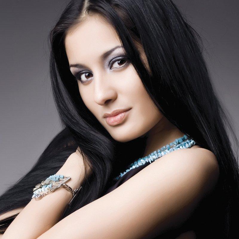 фото красивых восточных девушек брюнеток