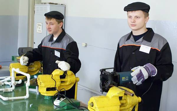 на какую профессию можно обучиться в городке липецка опосля 9 класса