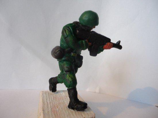 Поделки из пластилина солдаты 8