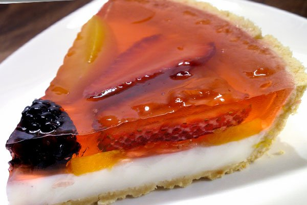 Торт с ягодами и желе фото пошагово