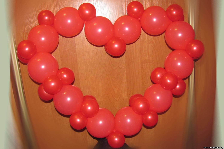 Переплетенные сердца из шаров своими руками 19